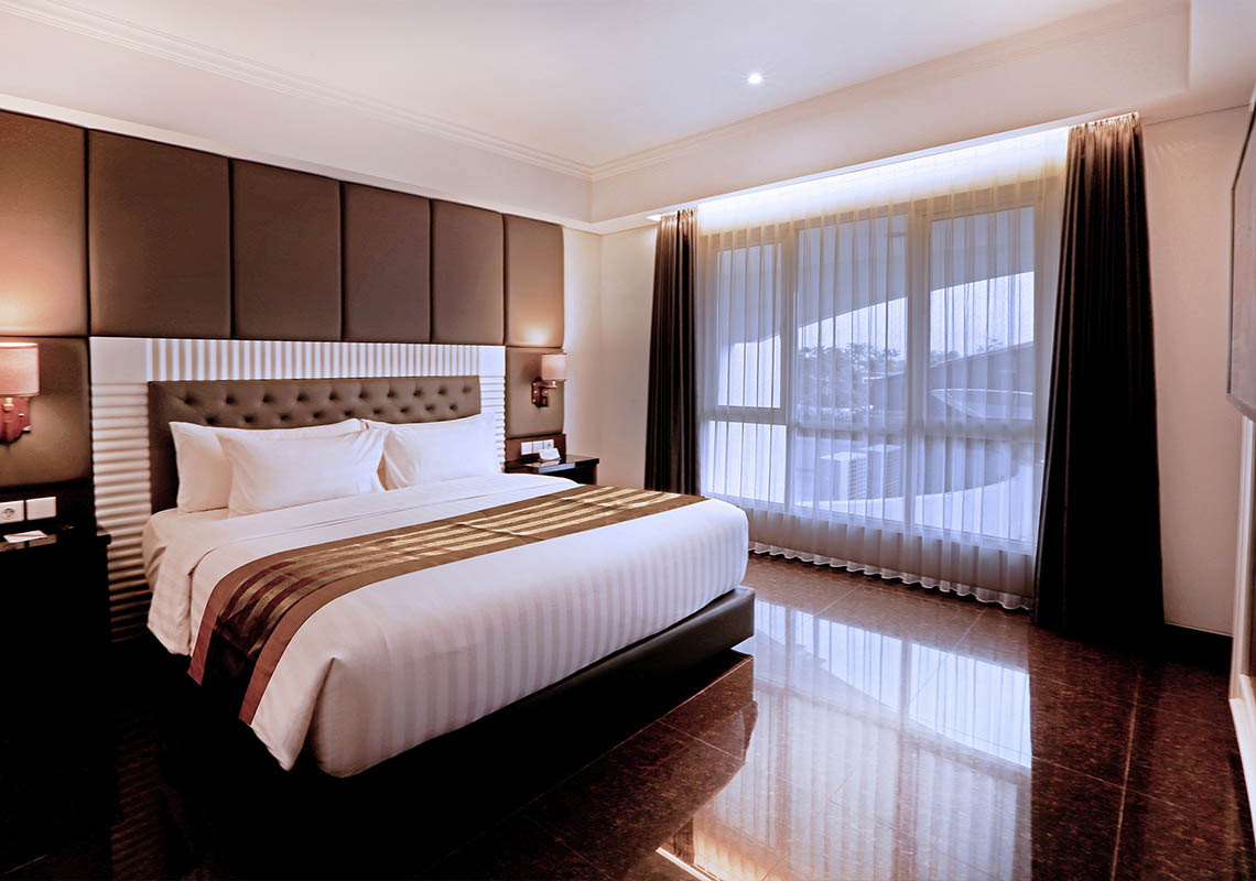 Junior Suite Room - Grand Rohan Jogja